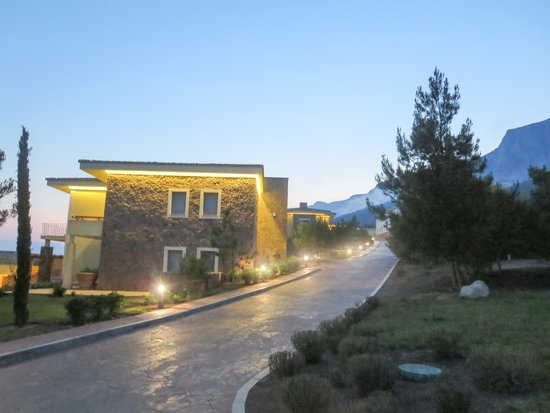 Crimea Breeze Residence: Evening