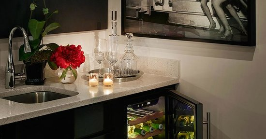 Paramount Hotel New York: Couture Suite Wetbar