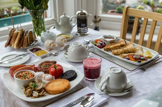 Seven Oaks Guest House: Breakfast