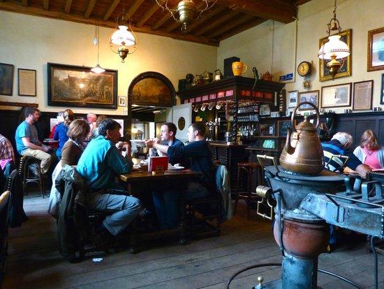 Herberg Vlissinghe: Pub interior