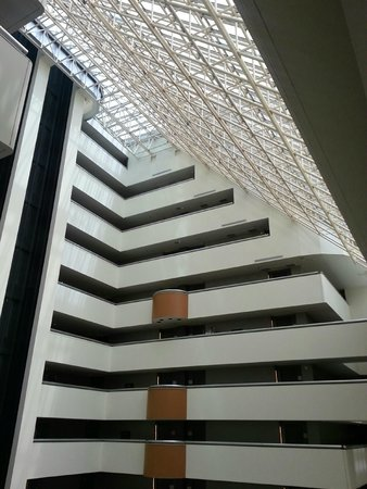 Hyatt Regency Dallas: Atrium View UP from 13th floor