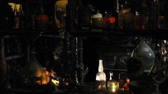 Musee Miniature et Cinema: Le Parfum