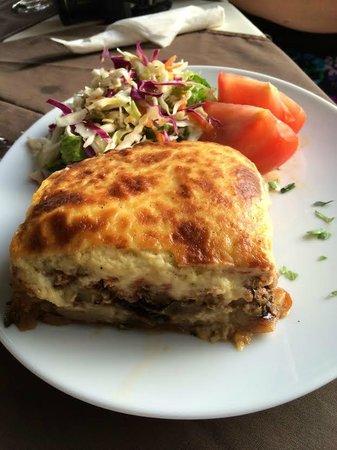 The Olive Lounge : moussaka