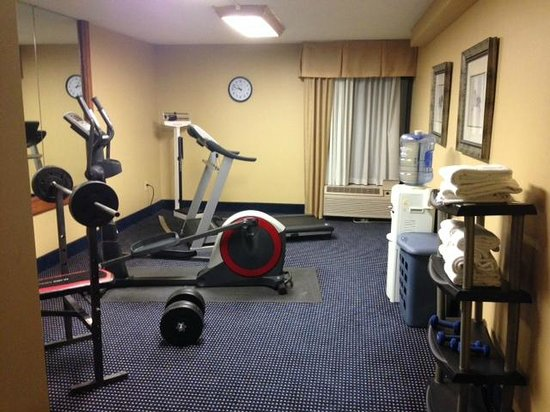 Best Western Yadkin Valley Inn & Suites: Exercise room