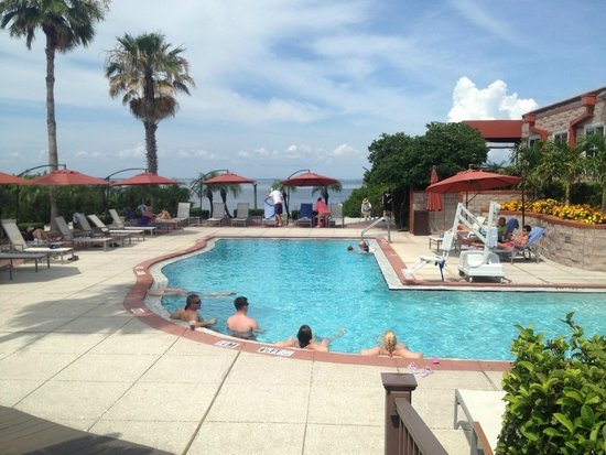 Grand Hyatt Tampa Bay: Pool next to OysterCatchers for those staying at the casitas.