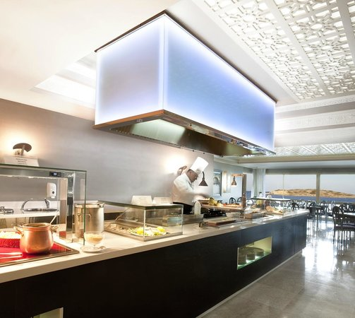 Hotel Torre del Mar: SHOW COOKING BUFFET