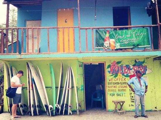 The Maderas Village : Surf shop at the Beach