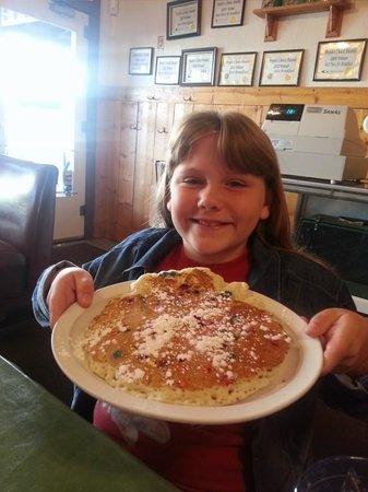 W Cafe: M&M pancakes