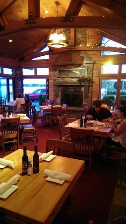 Apache Trout Grill : Warm and inviting
