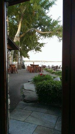Apache Trout Grill: Tiki Bar Patio