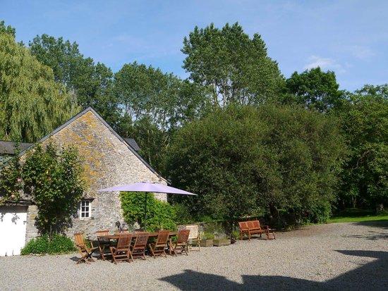 Moulin d'Hys: 客室のある旧作業小屋