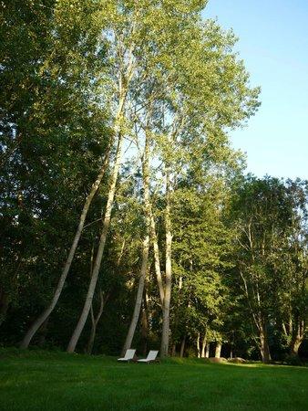 Moulin d'Hys: 庭