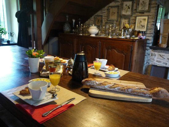 Moulin d'Hys: 朝食