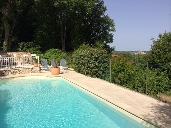 Les Terrasses du Luberon: piscine avec vue magnifique