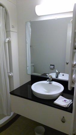 Motel 6 Williamsburg : Sink