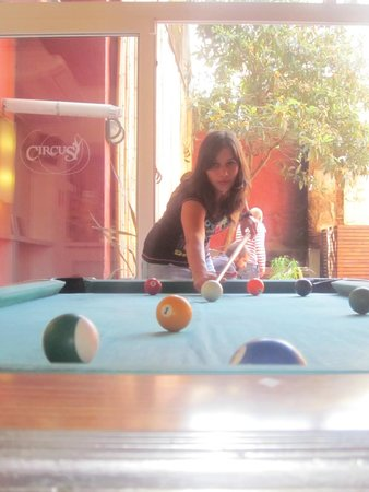 Circus Hostel & Hotel: Pool table
