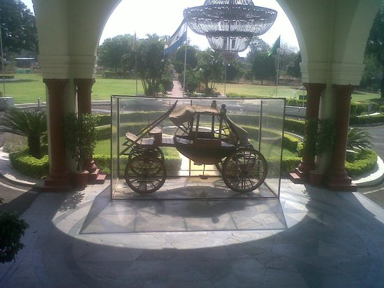 WelcomHeritage Noor-Us-Sabah Palace: Infront of the hotel