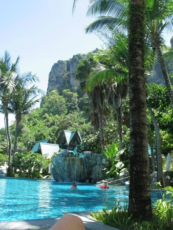 Centara Grand Beach Resort & Villas Krabi : Grounds