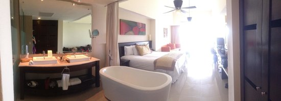 Dreams Villamagna Nuevo Vallarta : Habitación vista tropical