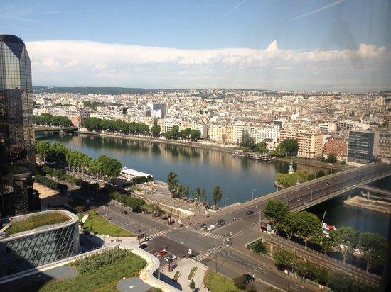Novotel Paris Centre Tour Eiffel: vista desde la habitación piso 24