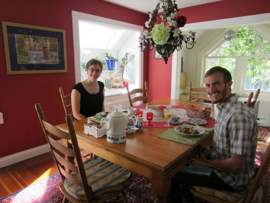 The Old Farmhouse Bed & Breakfast: Our delicious breakfast