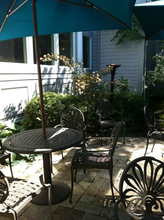 Dan'l Webster Inn & Spa: Garden