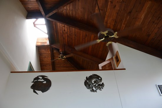 Gallows Point Resort: looking up at the bedroom loft