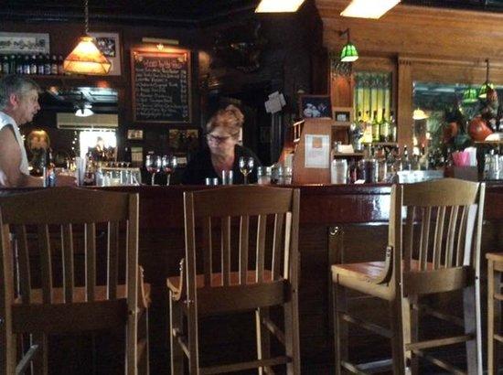 Riley's: Bar