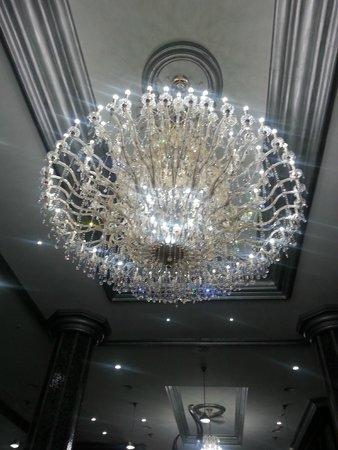 Hotel Riu Palace Mexico: luces en el lobby