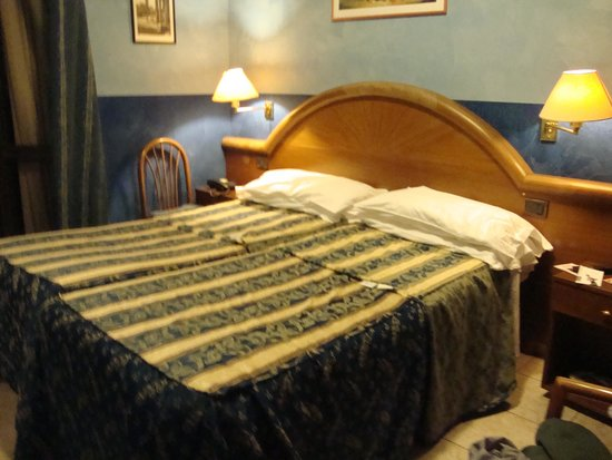 Hotel Rimini: room