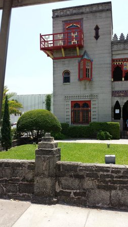 Old Town Trolley Tours of St. Augustine : Historical view