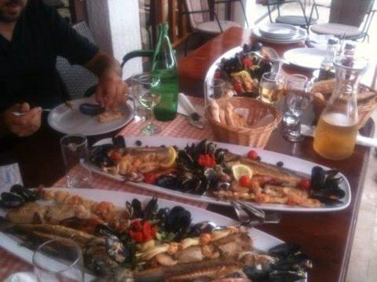 Restaurant REA: Mitica grigliata di pesce