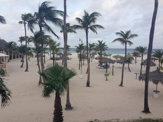 Manchebo Beach Resort & Spa: Beautiful beach...