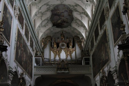 St. Peter's Abbey (Stift St. Peter) : Interior of St Peter's Abbey