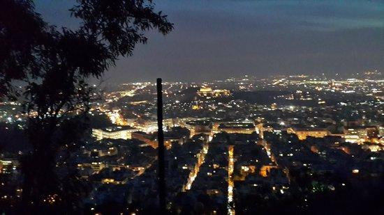 Mount Lycabettus : Вид на ночные Афины