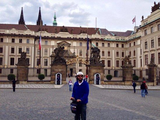 SEGWAY EXPERIENCE: Segway and E-Scooter Tours: Segway Expérience Tours Un Corse a Prague