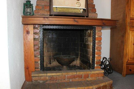 Barim Pension : Şömine... - Fireplace...
