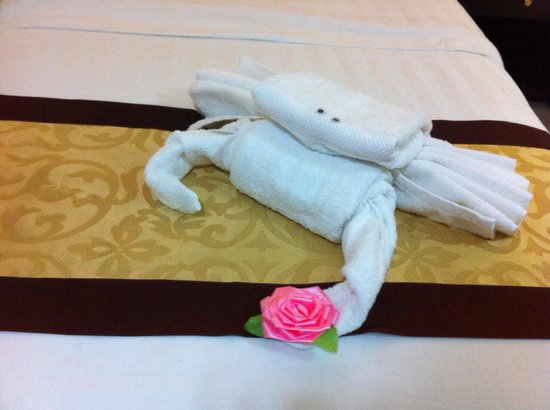 Cedar Hotel: The towel animal is very special 