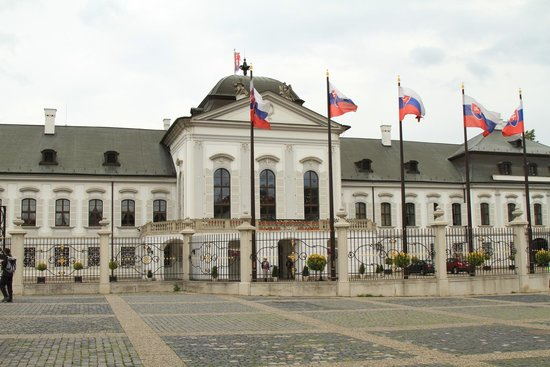 Grassalkovich Presidential Palace: Front of Palace