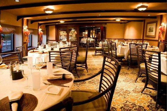 Moshulu Starboard Dining Room Fireworks On Penn S Landing