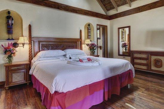Almond Beach Resort: Bedrooms