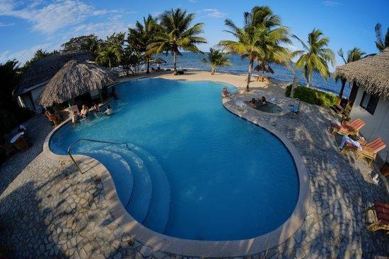 Almond Beach Resort: The Infinity Pool