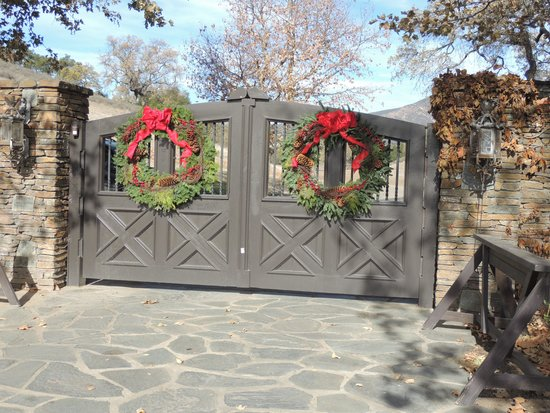 Neverland Ranch : gates