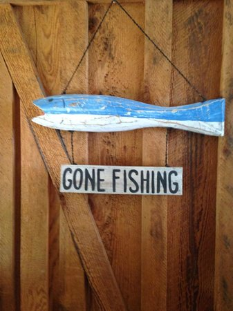 Arbutus Cove Guesthouse: Entrance to cottage!