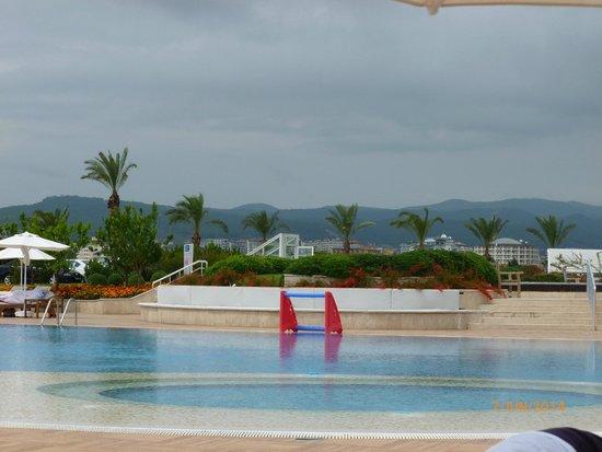 Gold Island Hotel: piscine
