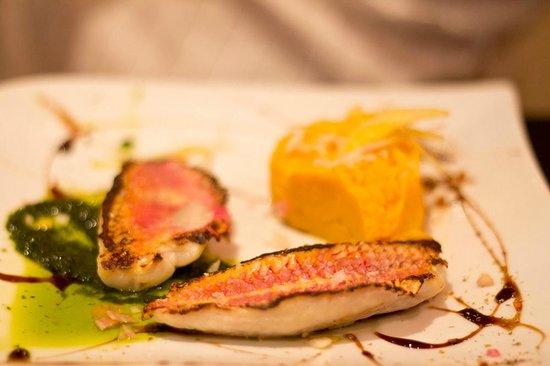 Petit Mignon : le filet de rouget avec purée de légumes anciens