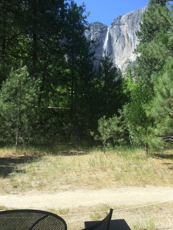 view from glacier point picture of yosemite valley lodge. Black Bedroom Furniture Sets. Home Design Ideas