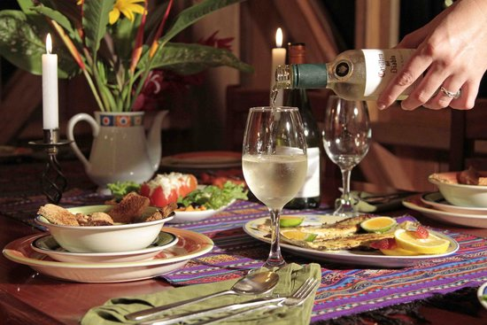 Casa Divina Lodge: Enjoy our selection of wines at Casa Divina