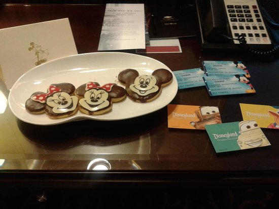 Disneyland Hotel : Cookies upon arrival per request