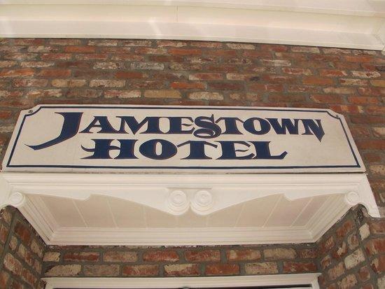 Jamestown Hotel and Restaurant: Welcome